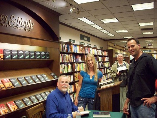 Michael Connelly during a book signing with Nick and Silke Jager
