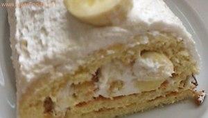 Delicious Banana & Cream Roll