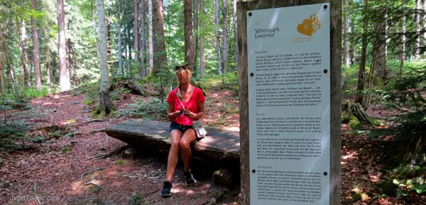 Hiking at the Schlosspark Linderhof