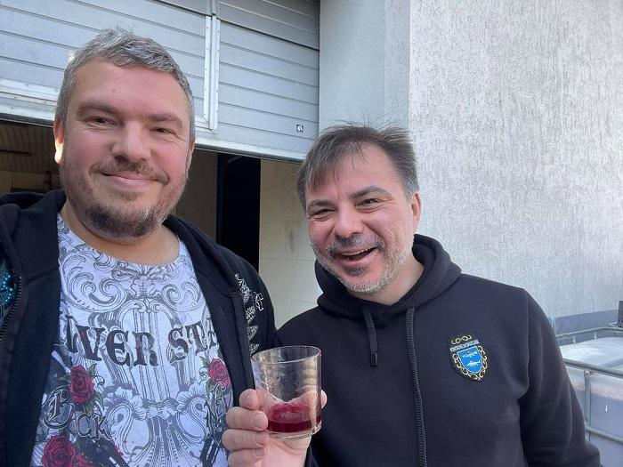 В Україні виготовлятимуть ігристе вино з лохини