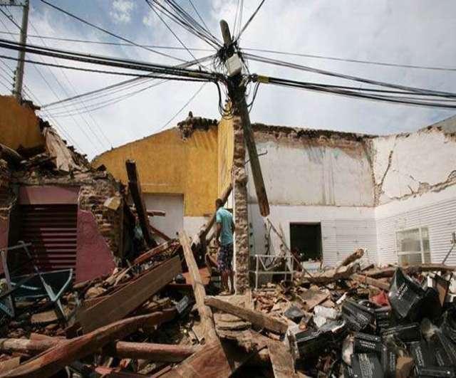 मेक्सिको में भूकंप से हर तरफ तबाही का मंजर, 61 की मौत