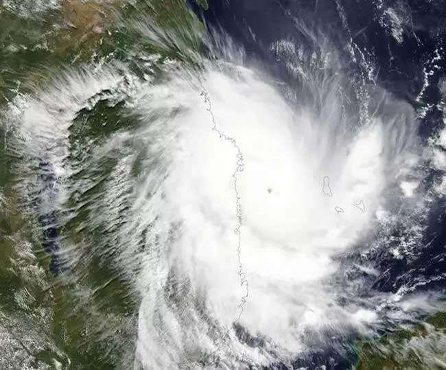 मौसम विभाग की चेतावनी, लक्षद्वीप में अगले 24 घंटे में आ सकता है चक्रवाती तूफान