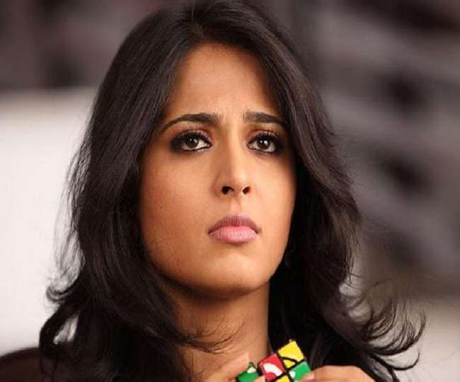 Baahubali एक्ट्रेस Anushka Shetty के साथ हुआ हादसा, शूटिंग के दौरान पैर में हुआ फ्रैक्चर