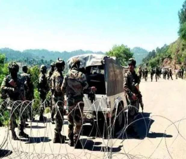 Security forces defuse IED in District Baramulla Sopore-Kupwara highway
