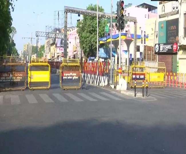 दिल्ली यूपी सहित कई राज्यों में वीकेंड कर्फ्यू (फोटो एएनआई)