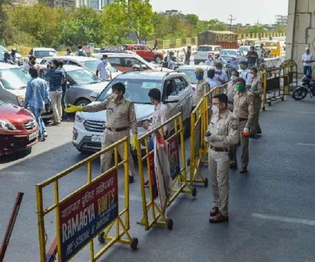 इससे पहले राजधानी दिल्ली में 19 अप्रैल को रात 10 बजे से लॉकडाउन शुरू हुआ था।
