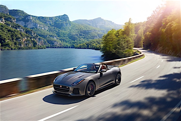 Jag_FTYPE_SVR_Convertible_Location_170216_23_(126610)
