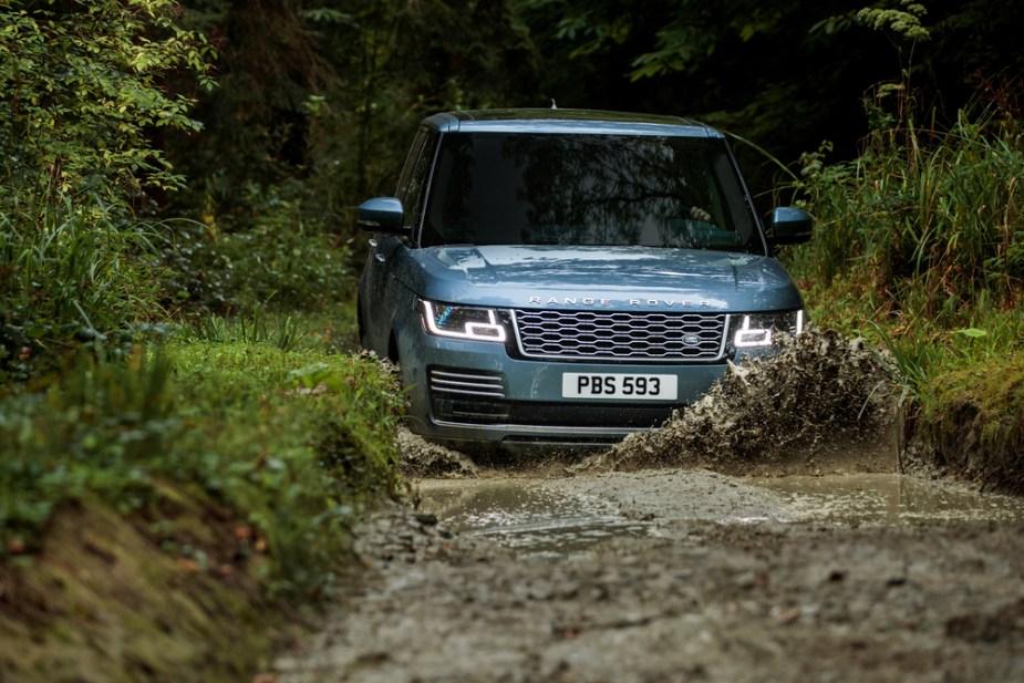 2018 Range Rover goes off-roading.
