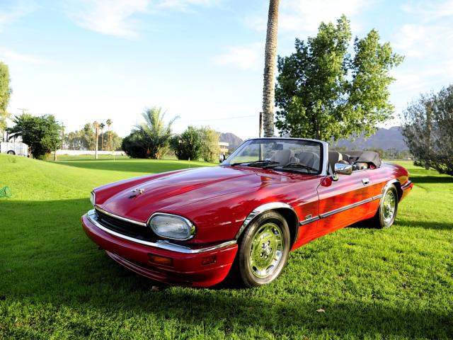 Jaguarforums.com Jaguar XJS vs. XK8 $10,000