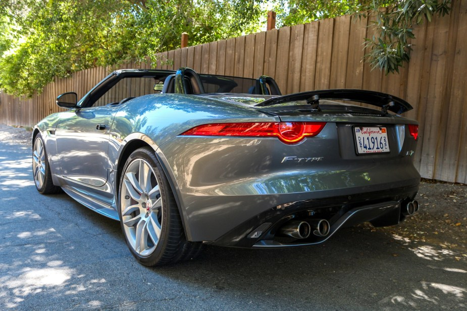 Jaguarforums.com 2017 2018 Jaguar F-Type R Convertible Canyon Drive Review