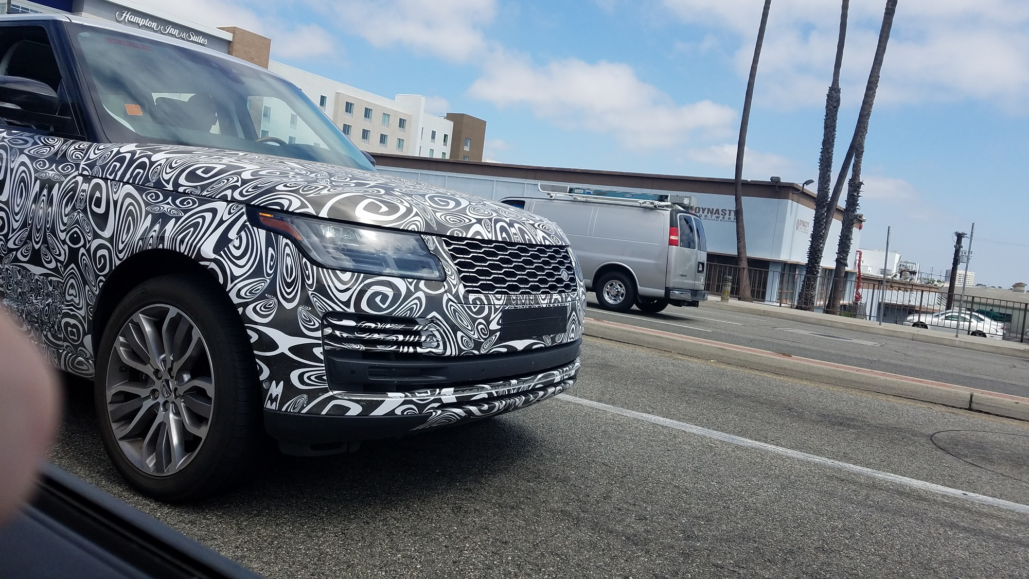 2019 2020 Range Rover Spied Spy Shots Testing Camouflage Jaguarforums.com Jake Stumph
