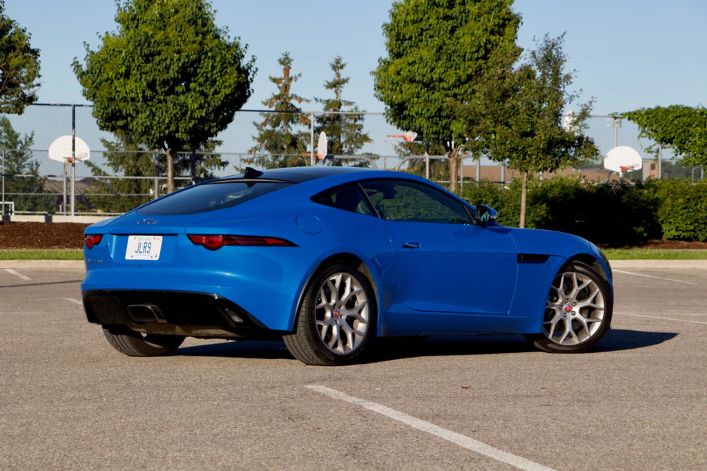 2018 Jaguar F-TYPE test drive review: Light and right