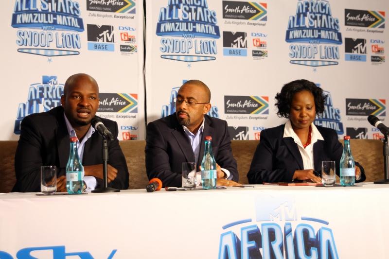 Alex Okosi, Sen VP & MD, Viacom, Mr Desmond Golding, HOD, Department of Tourism and Economic Dev, KZN & Ms Phindile Ngcobo, Chief Operations Officer, Tourism KZN (3)