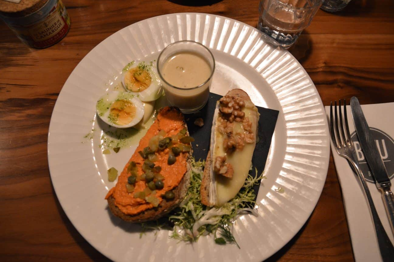 Layout of Bleu Bistro | Travel Blogger | Quiet Travel | Solo Dining in Amsterdam: Where to go DIning Alone