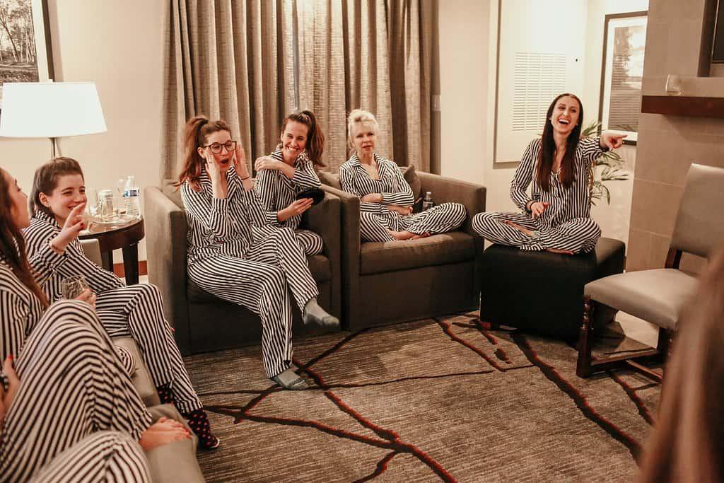 Inn at Woodlake| Horizon Suite| Girlfriends Spa Getaway in Kohler, Wisconsin c/o JaimeSays| Photoshoot Party | Bachelorette Party Pics