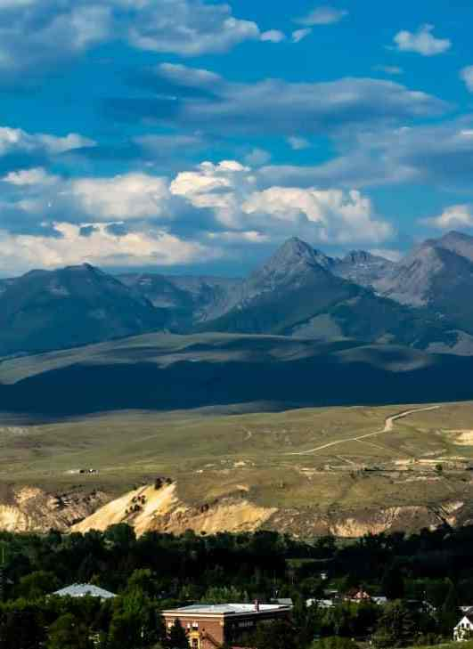 Our Idaho Road Trip Honeymoon Itinerary : 10 Blissful Days and 1000 Miles of Idaho Scenic Byways