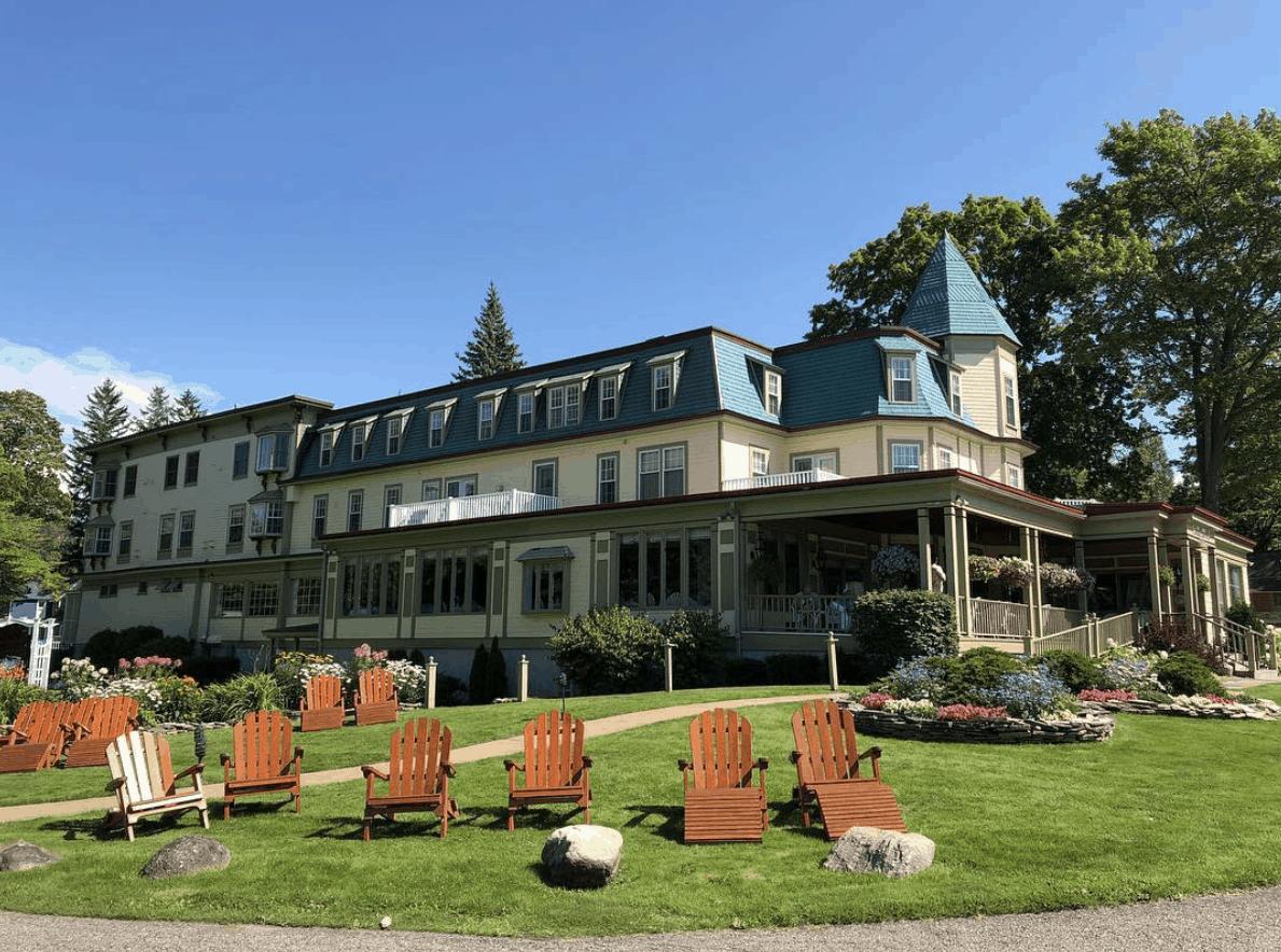 Bay View Inn in Bay Harbor