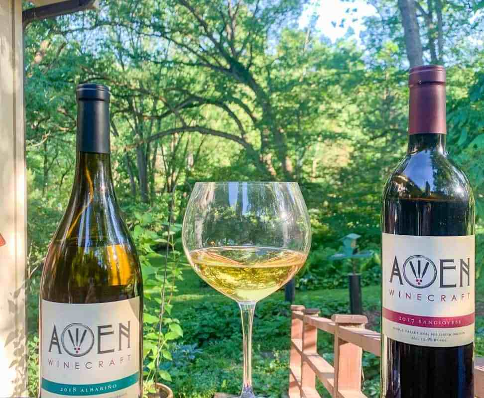 Rogue Valley Wines with Awen Winecraft