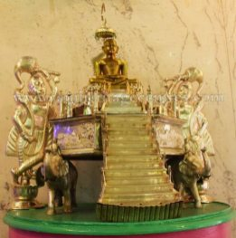 West-Bengal-Kolkata-Chitpur-Mahavir-Digambar-Jain-Temple-0010