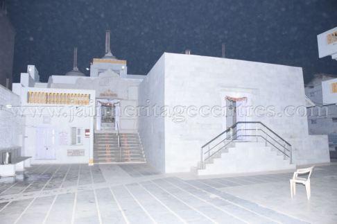 ancient_digambar_jain_temple_-_gogha_-_gujarat_20160517_2016749422