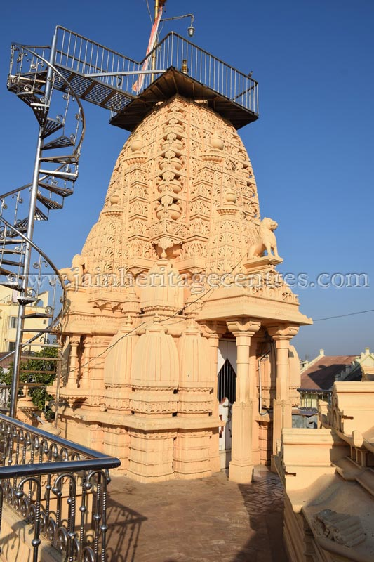 Pinacle of Tirthankar Parshwanath/Prasnath Temple at Mahuva.