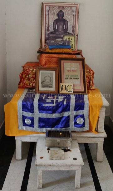 Chulgiri-Digambar-Jain-Parshwanath-Temple-Hill-Jaipur-Rajasthan-India-0035
