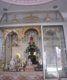 hastinapur_-_badamandir_complex_20111021_1254911350