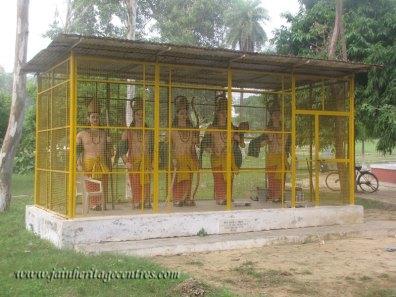 hastinapur_-_badamandir_complex_20111021_1737418413