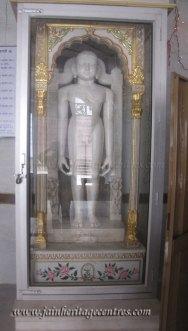 hastinapur_-_badamandir_complex_20111021_1745028105