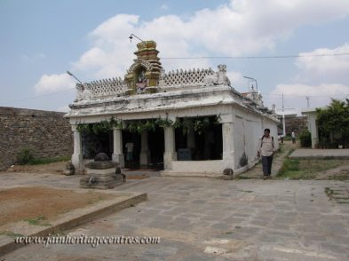A view of Sri Vijaya Parshwanath Swamy Temple on Kanakagiri hill.