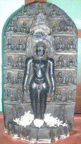 sri_parshwanatha_swamy_temple_chamarajanagar_20120907_1245490687