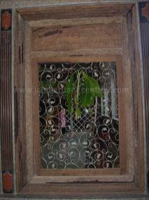 sri_parshwanatha_swamy_temple_chamarajanagar_20120907_1384844081