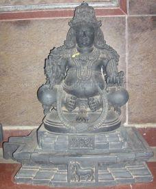 sri_parshwanatha_swamy_temple_chamarajanagar_20120907_2088303257