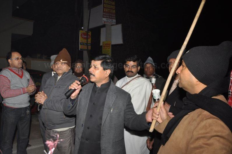protest_held_at_ghaziabad_against_girnar_incident_january_5_2013_20130109_1173652430