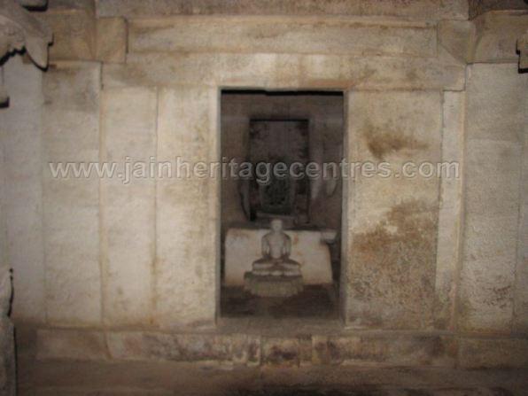 sri_ananthanath_swamy_digambar_jain_temple_melige_20130914_2087239612