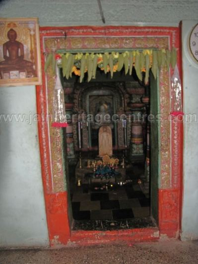 sri_chandranath_swamy_digambar_jain_temple_kelasuru_20131128_1557630454