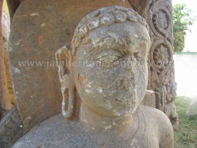 jain_ruins_of_kumarabeedu_mysore_district_karnataka_20131216_1305697956
