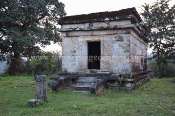 sri_sheetalanath_swamy_digambar_jain_temple_uttameshwara_20141116_1225453766