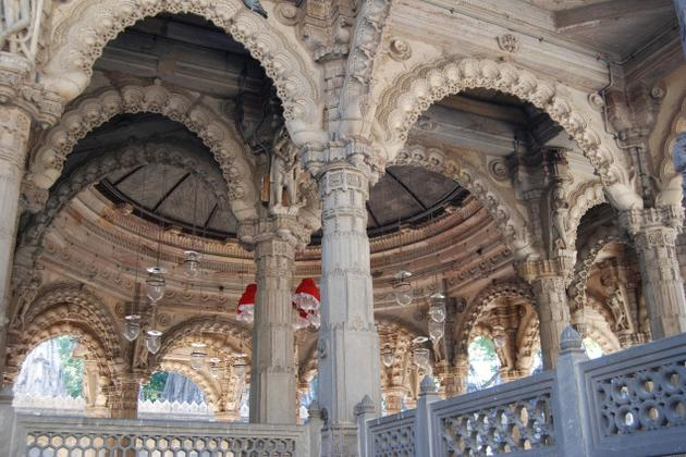Hutheesing Jain Temple - Ahmedabad