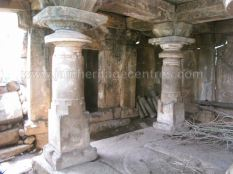 ruined_parshwanath_swamy_temple_makodu_makod_20131018_1620703960