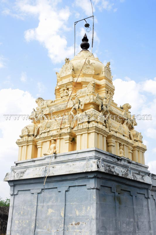 sri_adinath_digambar_jain_temple_at_valathi_20160711_1436339857