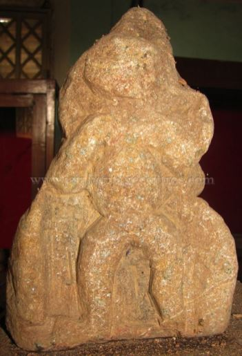 jain_idols_at_madikeri_museum_karnataka_20150601_1996305255