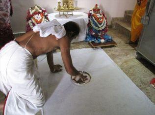 kalikundala_aradhana_20121019_1299620953