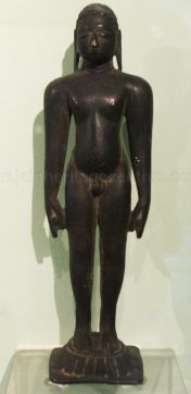 new_delhi_-_bronze_idol_at_national_museum_20120524_1037138708