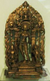 new_delhi_-_bronze_idol_at_national_museum_20120524_1653582008