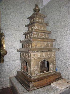 sri_adinatha_swamy_digambar_jain_temple_amarapura_20120522_1341494457