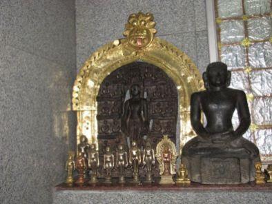 sri_adinatha_swamy_digambar_jain_temple_amarapura_20120522_1843819629