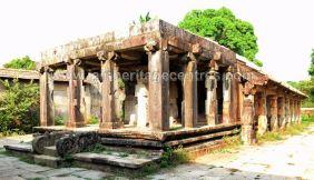 Sri-Parshwanath-Swamy-Digambar-Jain-Temple-Sringeri-Shivamogga-District-Karnataka-India-009