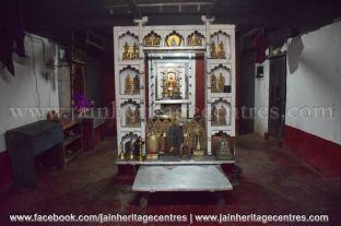 Jain idols, Abbana Bettu Basadi - Mudaru