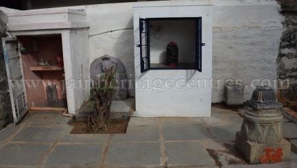 Karnataka_Tumkur_Kuchhangi_Parshwanath_Digambar_Jain_Temple_0006